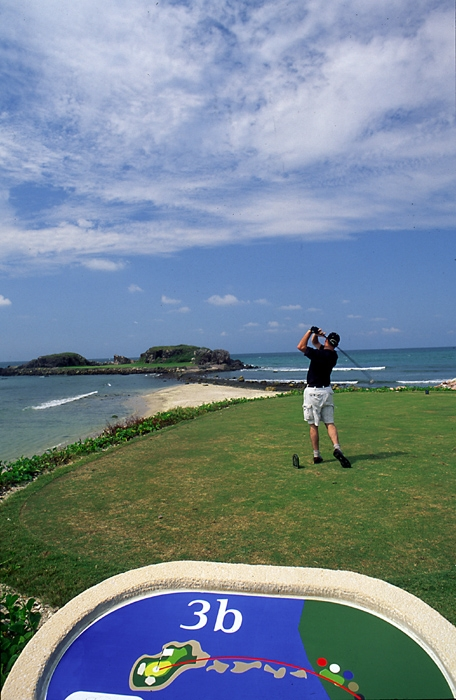 punta mita golf hole 3
